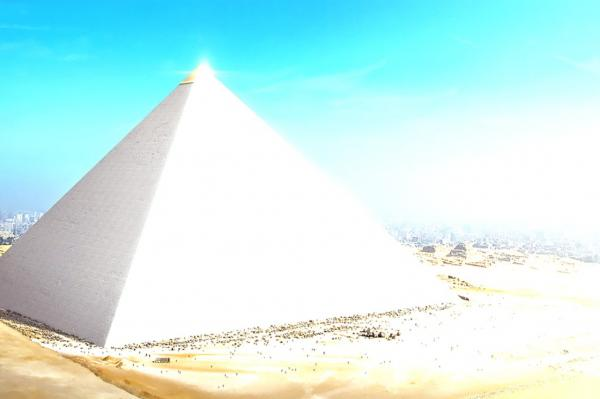 The Egyptian pyramids produce reflections that illuminated other places?